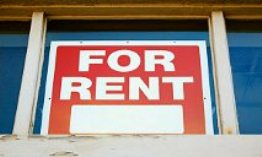 For Rent' sign in window (© Nathan Griffith/Alamy)