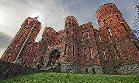 Listing of the Week: Your own castle for $1 million - MSN Real Estate