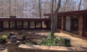 Frank Lloyd Wright&#8217;s Dudley Spencer House (Courtesy of Realtor.com)