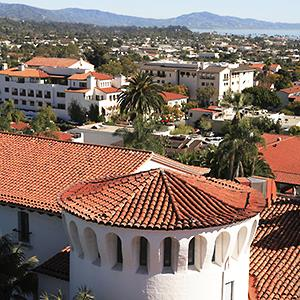 View of Santa Barbara, Calif. (© age fotostock/Alamy)