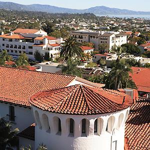 View of Santa Barbara, Calif. (© age fotostock/Alamy)