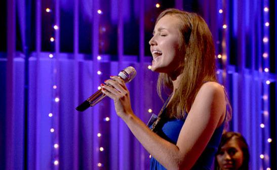 Rachel Hale performs during the Hollywood rounds on 'American Idol'/FOX