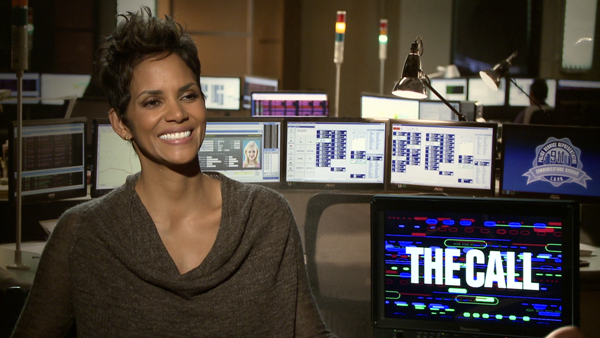 interview halle berry of 39 the call 39. Black Bedroom Furniture Sets. Home Design Ideas