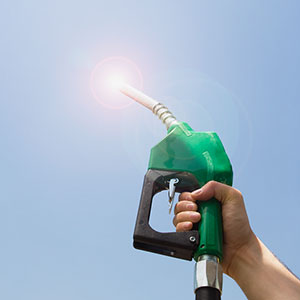 Gas pump © Thinkstock, Jupiterimages