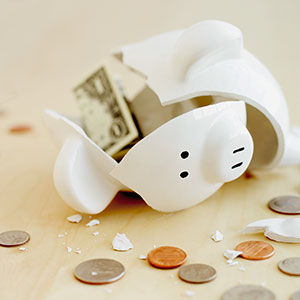 Broken Piggy bank © Fancy, Veer, Corbis