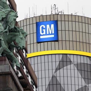 General Motors headquarters in Detroit, Mich., on June 6, 2013 (© Jeff Kowalsky/Bloomberg via Getty Images)