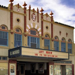 El Morro Theatre at West Coal Ave in Gallup, N.M. along Route 66. © Witold Skrypczak / Alamy