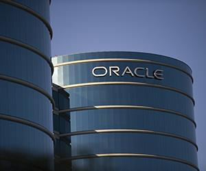 File photo of Oracle Corp. headquarters in Redwood City, Calif. (© David Paul Morris/Bloomberg via Getty Images)