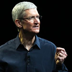 Apple CEO Tim Cook delivers his keynote address at the World Wide developers conference in San Francisco, June 2, 2014 © Robert Galbraith/Reuters