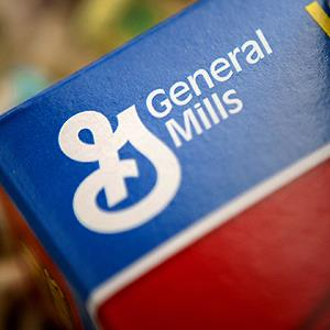 A General Mills Inc. brand cereal box © Scott Eells/Bloomberg via Getty Images