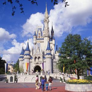 Cinderella's Castle, Magic Kingdom, Walt Disney World, Orlando, Florida © Greg Balfour Evans / Alamy