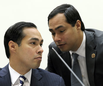 Julián y Joaquin Castro (ASSOCIATED PRESS)