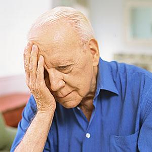 Senior man looking sad © George Doyle, Stockbyte, Getty Images