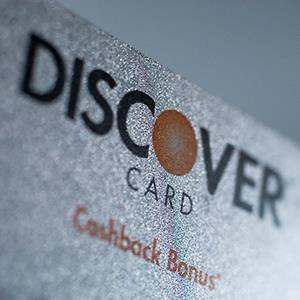 A Discover Financial Services credit card © Scott Eells/Bloomberg via Getty Images