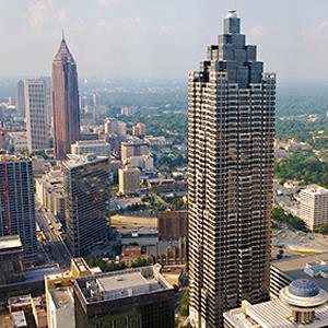 Atlanta's skyline with Bank of America Plaza and SunTrust Plaza © Danita Delimont/Getty Images