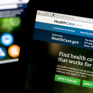 The Healthcare.gov website is displayed on laptop computers © Andrew Harrer/Bloomberg via Getty Images