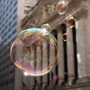 Bubbles in front of the New York Stock Exchange (© Siegfried Layda/Getty Images)