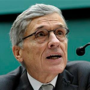 FCC Chairman Tom Wheeler (C) AP Photo/Susan Walsh